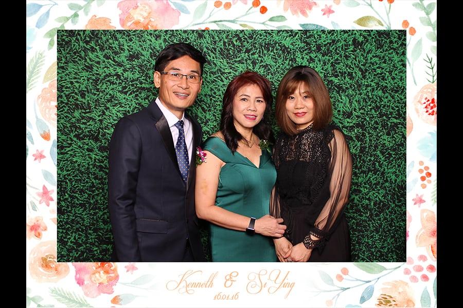 Floral Design 2 Budget Wedding Photobooth 2
