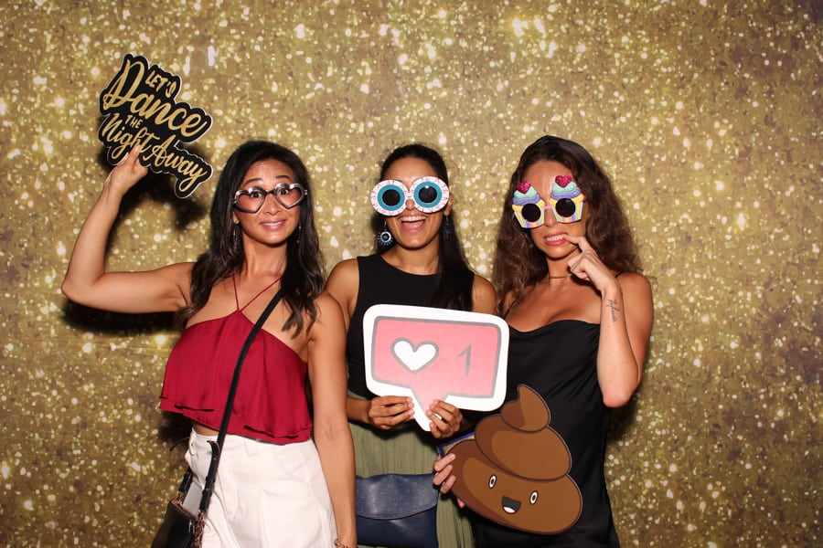 Gold Glitter Photo Booth Backdrop Instantly.sg 2